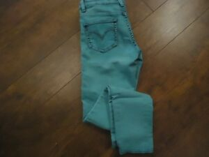 Girls Levi Jeans - Like New