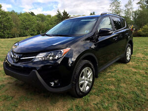 2015 Toyota RAV4 LE AWD with Heated Seats and Winter Tires