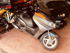 2010 Yamaha Majesty YP400 Scooter only 5100Kms Mint Condition