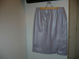 Danier Leather Lilac Skirt $40.00