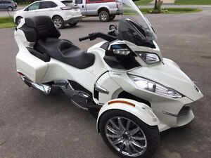 2013 - SPYDER CAN-AM  - RT LIMITED