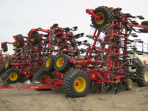 Bourgault 3320-84 XTC & 7950 HI-FLOAT ***REDUCED TO COST***