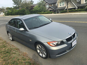 2006 BMW 323i - LOCAL BC CAR WITH NO ACCIDENTS! QUICK SALE..