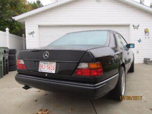 1989 Mercedes-Benz 300-Series Coupe (2 door)