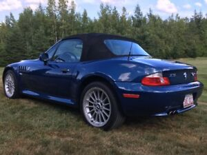 2002 BMW Z3 3.0i Coupe (2 door)