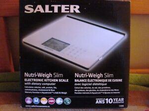 Salter Nutri-weigh electronic kitchen scale