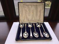 Cased set of Silver Serving Spoons. Walker & Hall 1920