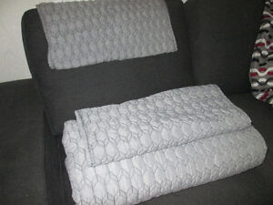 King Size Quilt and Pillow Cases