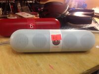 Genuine beats beatspill White with charger 2 month warranty