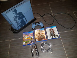 Collector's Edition PS4 + Accessories For Sale