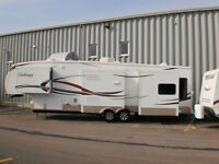 5th Wheel Challenger de Keystone, 37', 4 Slide Out à vendre