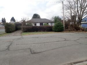 Great location single family home