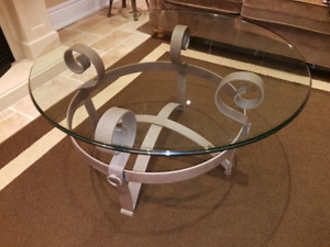 Coffe table cast iron and beveled glass