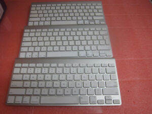 Lot of 3 x Apple Bluetooth A1314 Wireless Keyboards_Original A1