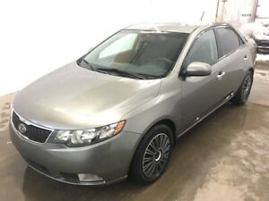 Kia Forte SX Luxury Cuir Toit Ouvrant Mags 2011