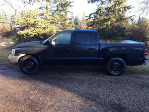 4x4 Dodge Dakota SLT Pickup Truck