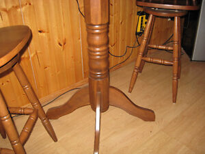 Bar Table and Chair Set Belleville Belleville Area image 5