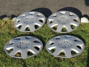 "14"" inch wheel covers / hubcaps - all 4 - good condition"