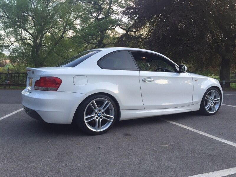 2010 bmw 1 series 118d coupe m sport white 30 road tax in castleford west yorkshire. Black Bedroom Furniture Sets. Home Design Ideas