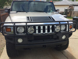 2004 Hummer H2. Needs nothing