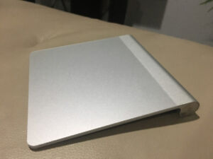 Apple Magic Trackpad 1