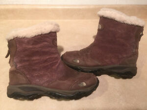 Women's The North Face Waterproof Winter Boots Size 8 London Ontario image 1