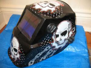 Lincoln Electric Skullsaw 600S Variable Shade welding helmet