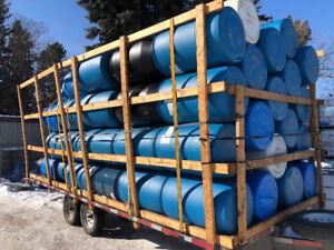 LOOK > 80 x Plastic Barrels For Docks or Rafts Or Rain Barrels.