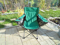 folding chair with a roof