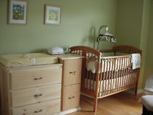 Crib bedding set and mobile - Bunny Meadows Gatineau Ottawa / Gatineau Area image 2