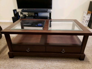 Heavy duty solid wood coffee and end table