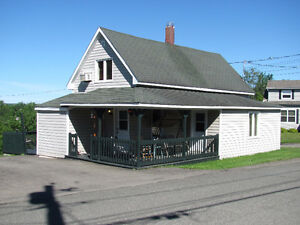 BEAUTIFUL 2 BRM HOUSE LOCATED IN GRAND FALLS