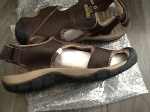 High quality hiking sandals, brand new