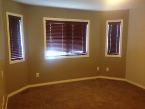 Leduc. Master bedroom with private bathroom for rent