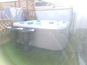 hot tub 8 person buy sell items tickets or tech in calgary kijiji. Black Bedroom Furniture Sets. Home Design Ideas