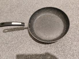 Dinnerware / hangers/ big bowl/ grater