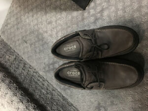 Crocs leather shoes men us7.5