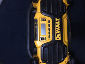 Dewalt Heavy Duty Radio 150