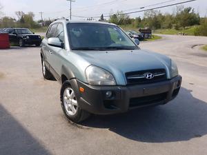 2005 Hyundai Tucson  117k 4x4 leather certetested we finance Belleville Belleville Area image 2