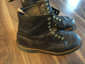 Doc Martens- Brown