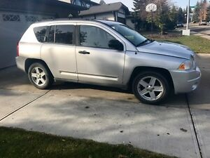 2008 JEEP COMPASS 4X4 LOW KM REMOTE STARTER WINTER READY