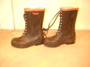 Forester Spiked VW56 Caulked Sole Boots (soft toe)