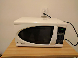 1 year old Danby microwave