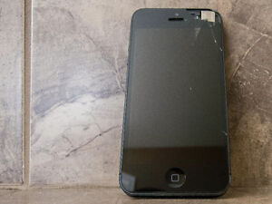 Iphone 5 64G Rogers Carrier. needs a new glass