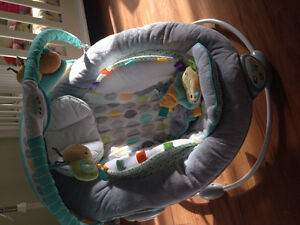 Selling Brand New Baby seat!