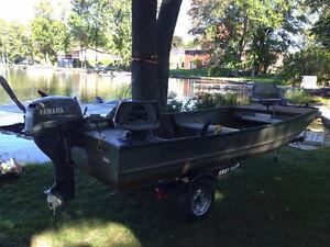 1448 Jon boat and trailer ( no motor )
