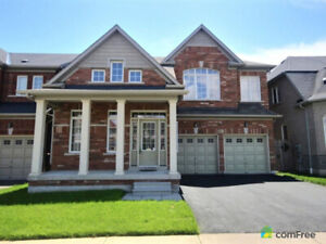 ***executive 4 bedroom for rent in ajax, ground and top floor