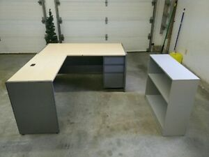 Desk & Shelf