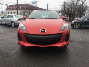 2013 Mazda 3 Sky active  $$LONG WEEKEND SPECIAL$$