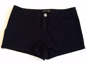 Authentic Aritzia Talula Classic Black Cotton Shorts - Size 0